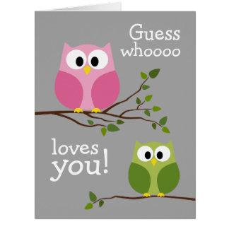 Día de madres - búhos lindos - Whooo le ama Tarjeta De Felicitación Grande