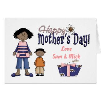 Día de madres feliz - niños y presente tarjeta de felicitación