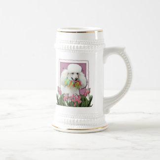 Día de madres - tulipanes rosados - caniche - jarra de cerveza