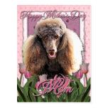 Día de madres - tulipanes rosados - caniche - postal
