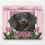 Día de madres - tulipanes rosados - Dachshund - Wi Alfombrillas De Raton