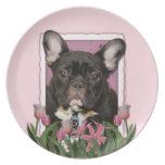 Día de madres - tulipanes rosados - Frenchie - tru Platos