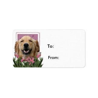 Día de madres - tulipanes rosados - golden retriev etiquetas de dirección