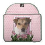 Día de madres - tulipanes rosados - Jack Russell Funda Macbook Pro