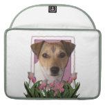 Día de madres - tulipanes rosados - Jack Russell Fundas Macbook Pro