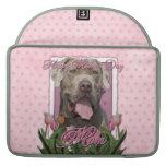 Día de madres - tulipanes rosados - mastín - fisgó funda para macbooks