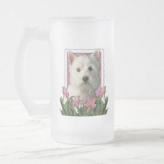 Día de madres - tulipanes rosados - montaña del taza de cristal
