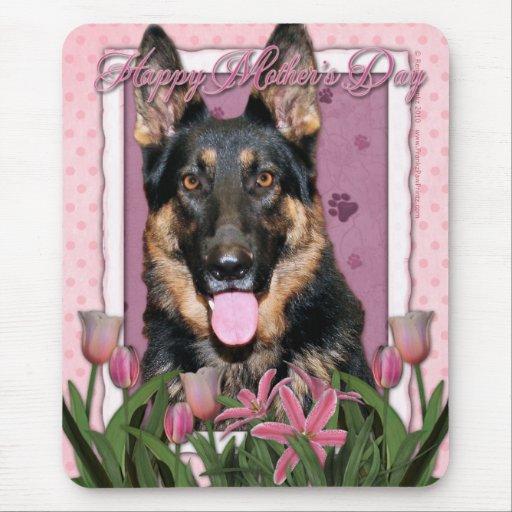 Día de madres - tulipanes rosados - pastor alemán  alfombrillas de ratones
