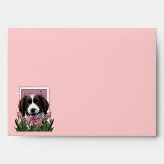 Día de madres - tulipanes rosados - perro de aguas sobres