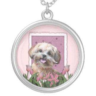 Día de madres - tulipanes rosados - ShihPoo - Colgante Redondo