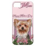 Día de madres - tulipanes rosados - Yorkshire Terr iPhone 5 Case-Mate Cobertura