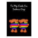 Día de padres del oso de peluche del corazón del o tarjetón