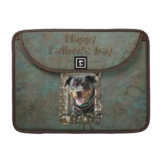 Día de padres - patas de piedra - Rottweiler - Funda Macbook Pro