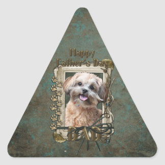 Día de padres - patas de piedra - ShihPoo - Maggie Pegatina Triangular