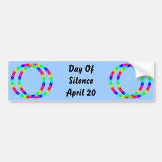 Día de pegatina para el parachoques del silencio etiqueta de parachoque