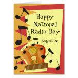 Día de radio nacional feliz, el 20 de agosto tarjeta de felicitación