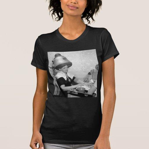 Día de salón de belleza del vintage del encanto camisetas