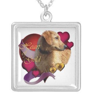 Día de San Valentín del golden retriever Collar