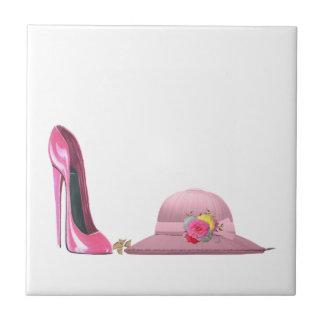 ¡Día de señoras! Zapato y gorra rosados del estile Azulejo Cuadrado Pequeño