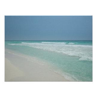 Día de verano precioso en la playa póster