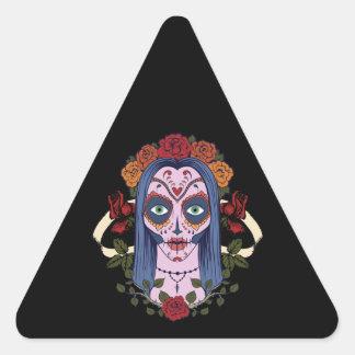 Día del cráneo del azúcar de los rosas rojos de la pegatina triangular