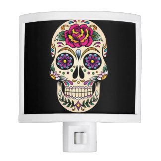 Día del cráneo muerto del azúcar con el rosa lámpara de noche