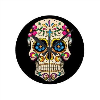 Día del cráneo muerto del azúcar con la cruz relojes de pared