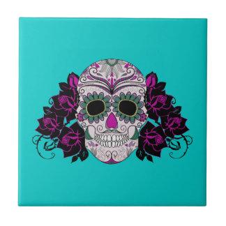 Día del cráneo muerto del azúcar con los rosas teja