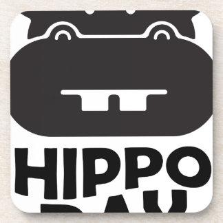 Día del hipopótamo - 15 de febrero posavasos de bebida