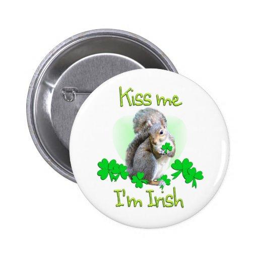Día del St. Patricks de la ardilla Pin Redondo De 2 Pulgadas