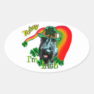 Día del St Patricks del Schnauzer gigante Pegatina De Oval