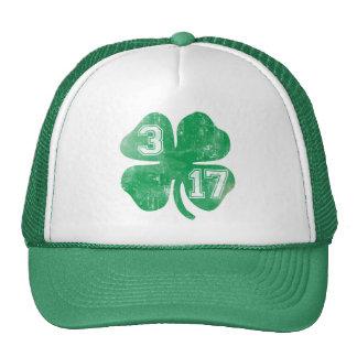 Día del St Patricks del trébol 3/17 Gorros