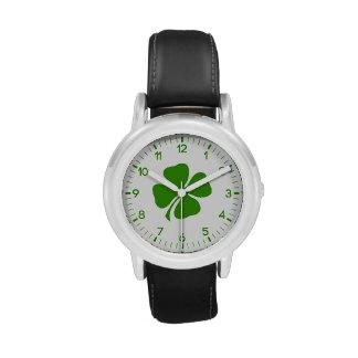 Día del St Patricks Reloj