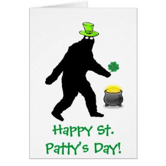 Día del St. Patty feliz de Bigfoot Tarjeta De Felicitación