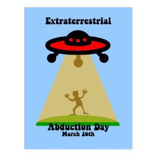 Día extraterrestre de la abducción postales