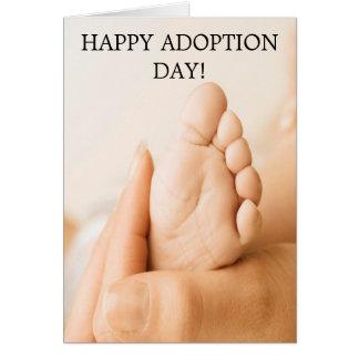 ¡DÍA FELIZ DE LA ADOPCIÓN! tarjeta del pie del beb