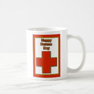 Día feliz de las enfermeras para la enfermera que  taza