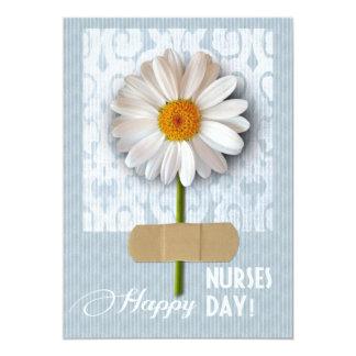 """Día feliz de las enfermeras. Tarjetas de Invitación 5"""" X 7"""""""