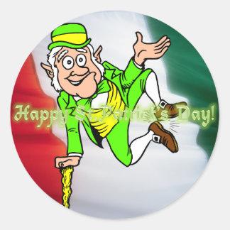 Día feliz del St Patricks Etiqueta Redonda