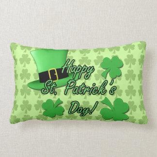 Día fresco del St. Patricks de los tréboles del so Almohadas