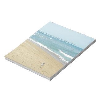 Día hermoso en la playa blocs de papel