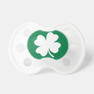 Día Irlanda del St Patricks del trébol Chupete De Bebé