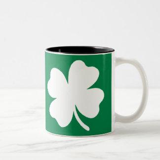 Día Irlanda del St Patricks del trébol Taza De Café De Dos Colores