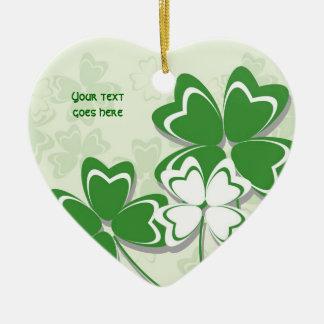 Día irlandés del St. Patricks del trébol del Adorno Navideño De Cerámica En Forma De Corazón