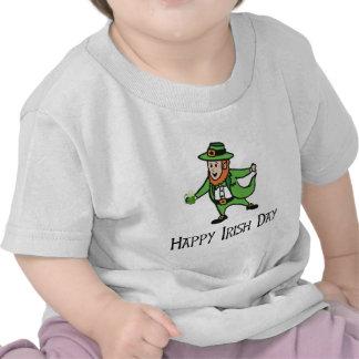 Día irlandés feliz camisetas