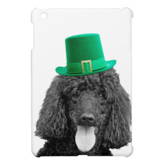 Día lindo de St Patrick del gorra del perro de