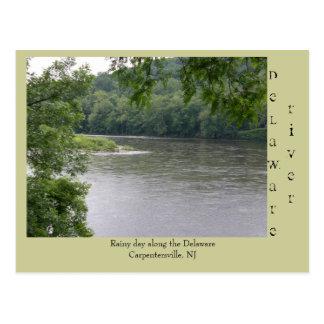 Día lluvioso a lo largo del río Delaware Tarjeta Postal