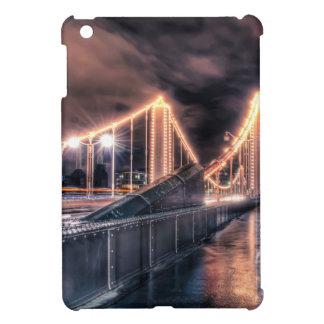 Día lluvioso en el puente de Chelsea, Londres