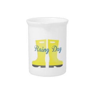 Día lluvioso jarra de beber