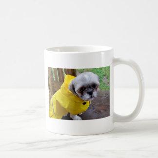 Día lluvioso taza